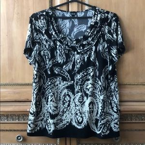 Rafaella sz L black white paisley stretch top